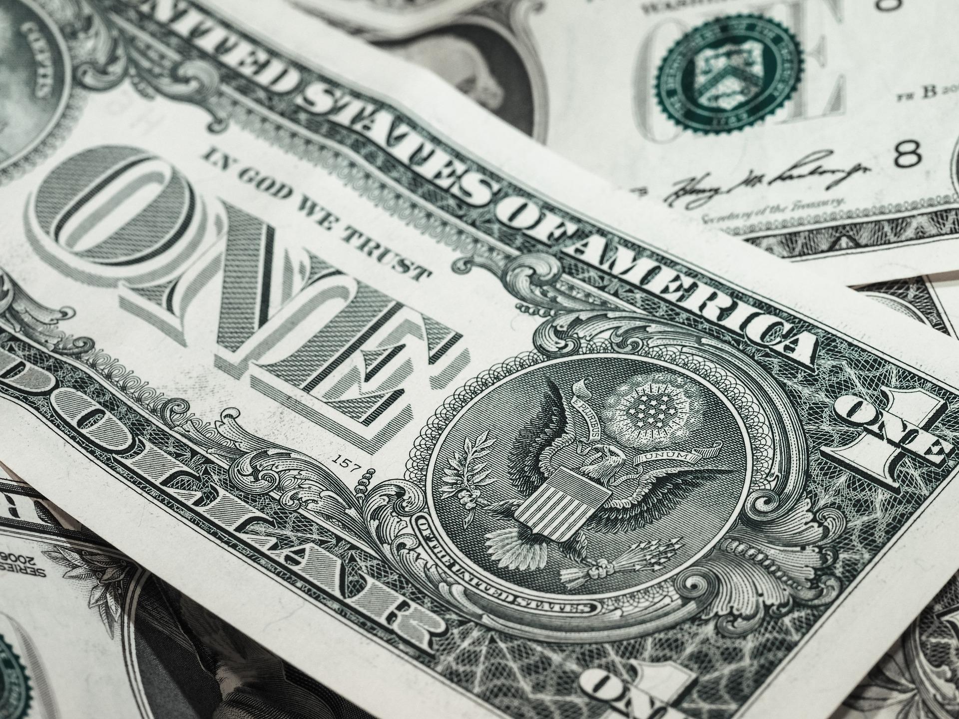 Dovish Fed Spurs $18 Billion Into ETFs