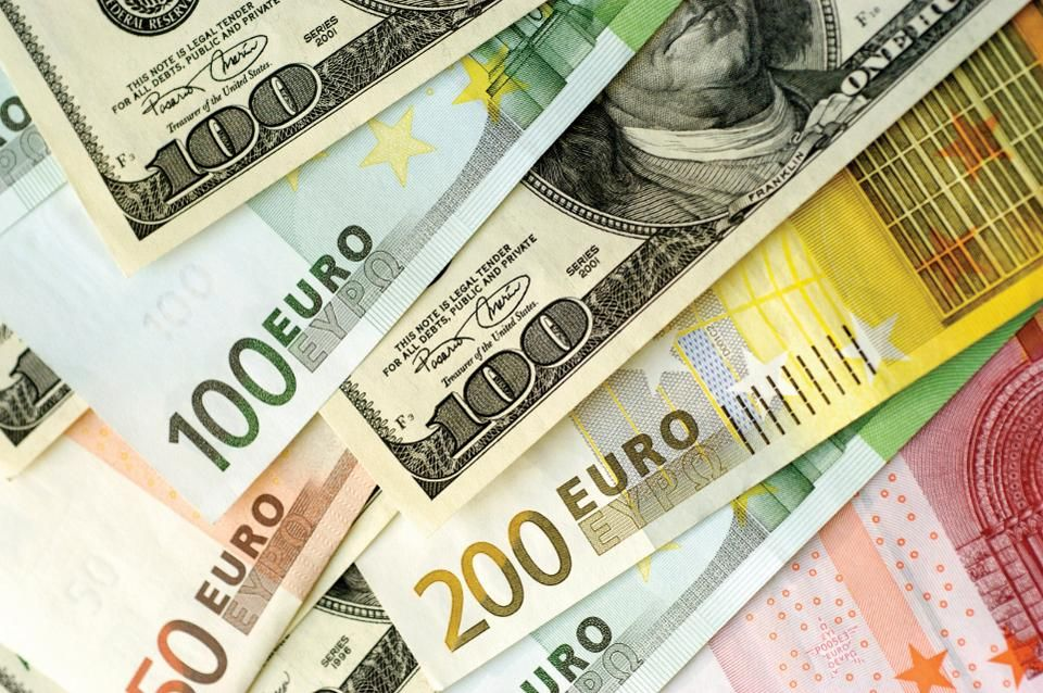 IMM Report: Traders Continue Selling The Euro