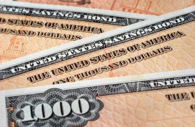iShares 20+ Year Treasury Bond ETF: Keep On Buying Below $152